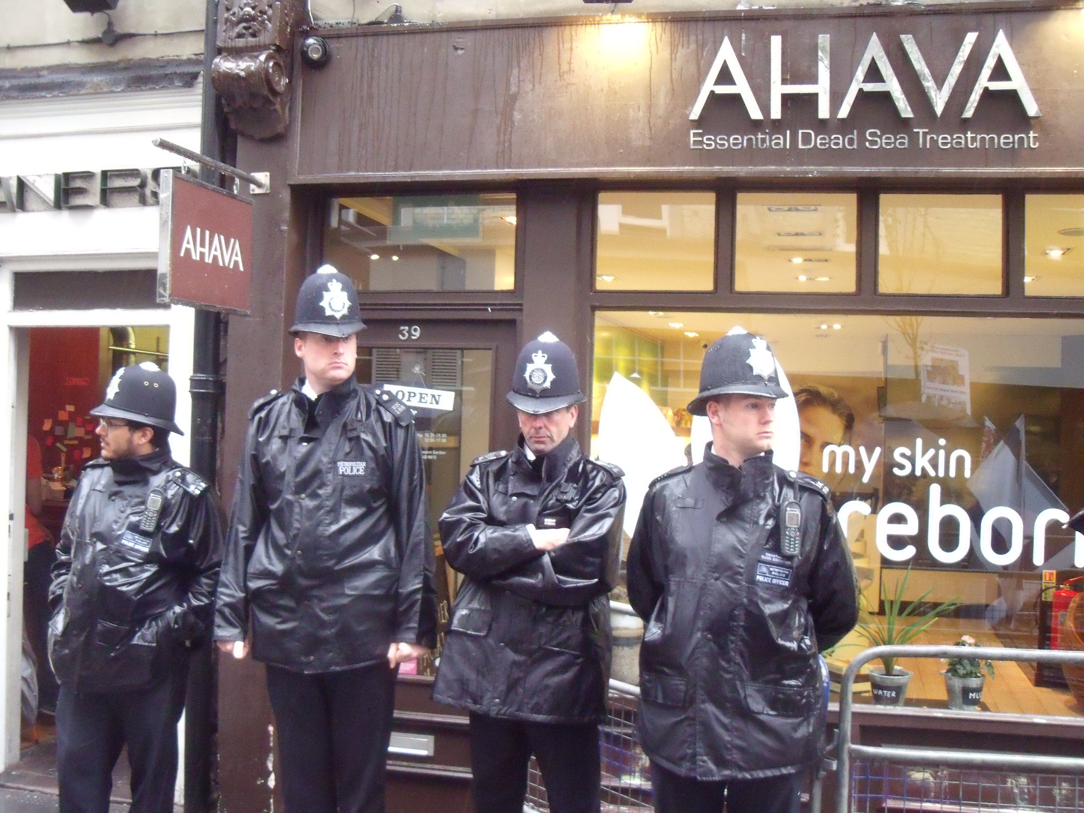 Protests drive Ahava out of Covent Garden
